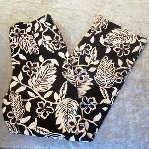 Talbots Textured Leaf Printed Dress Pants. Size 6